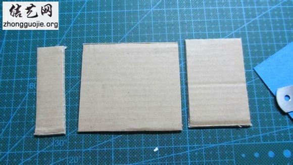如何用卡纸做相框 精致手工自制纸相框方法╭纸的折法