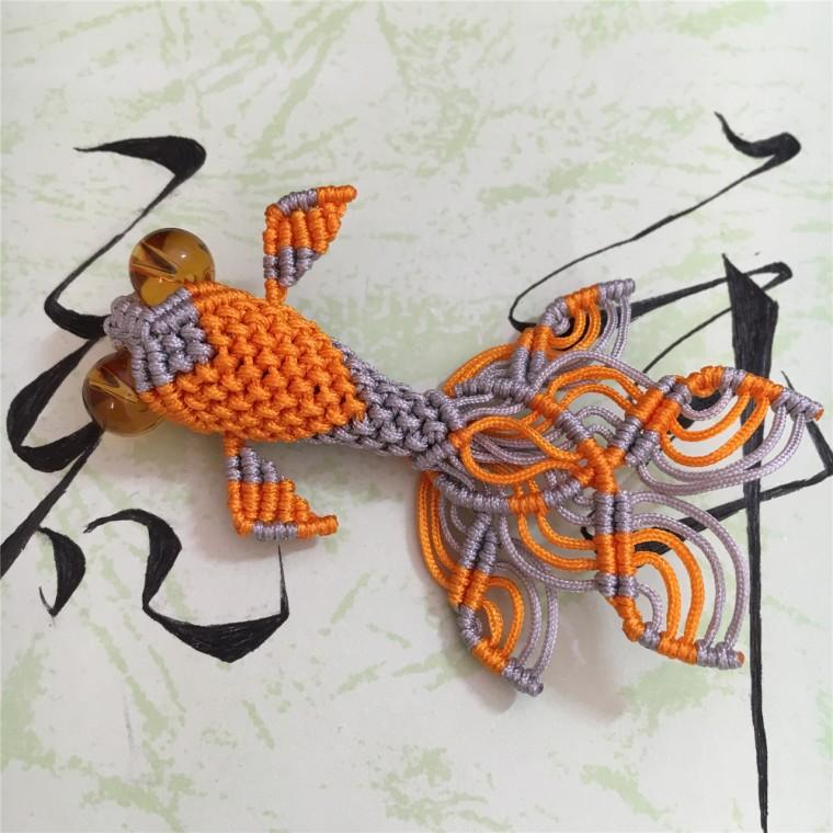 中国结论坛 两款小金鱼教程  立体绳结教程与交流区 101152zq4hpz2tfpqore4g