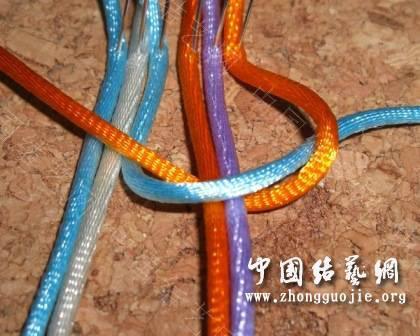 中国结论坛 一款适合初学者的红色手链  图文教程区 172522k2jvaa7jll1f100v