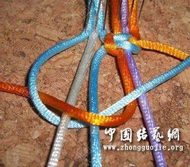 中国结论坛 一款适合初学者的红色手链  图文教程区 1726422blbl8f222y240fr