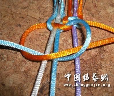 中国结论坛 一款适合初学者的红色手链  图文教程区 172704ju5i9iu75m0xniqr