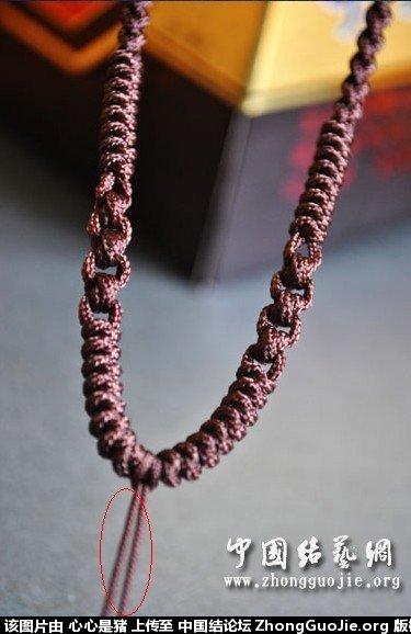 中国结论坛 求教,这跟项链绳是怎么编出来的
