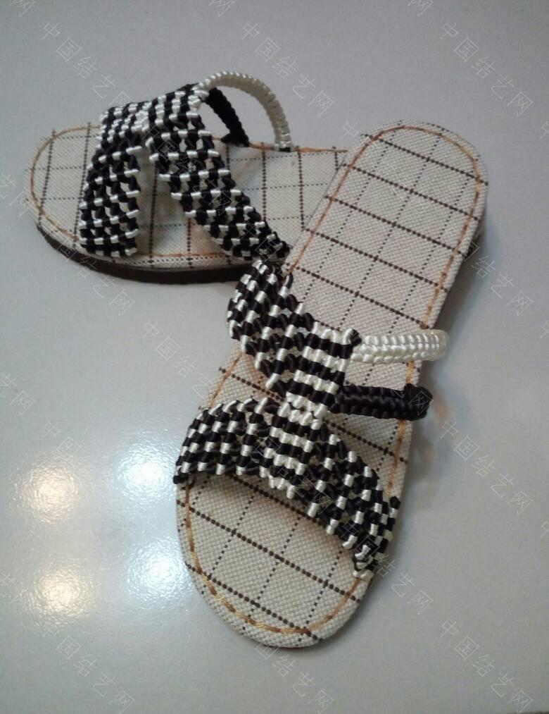 中国结论坛 简洁的镂空小花拖鞋  作品展示 171923ujdggz0z9gv9l0v8