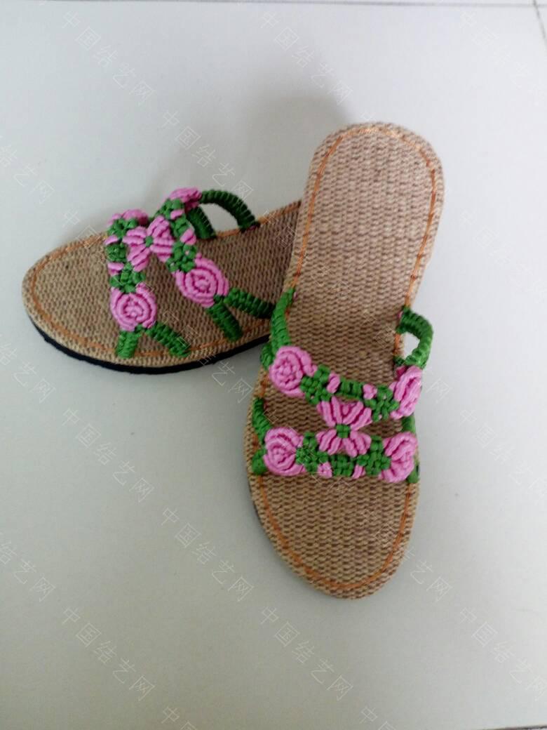 中国结论坛 简洁的镂空小花拖鞋  作品展示 171923zl35o9g22jz02o2g