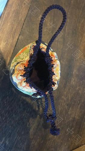 中国结论坛 請問各位老師這個包上的繩子是什麼結  结艺互助区 145325jjuuvd6gunpcixqd
