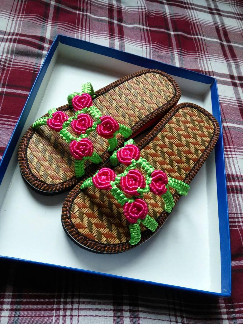 刚做的玫瑰花拖鞋-编法图解-作品展示-中国结论坛