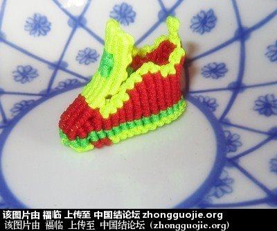 中国结论坛 做中国结已有50年左右,做一个原创的作品集。  作品展示 194726rhy53csizp5l4ach