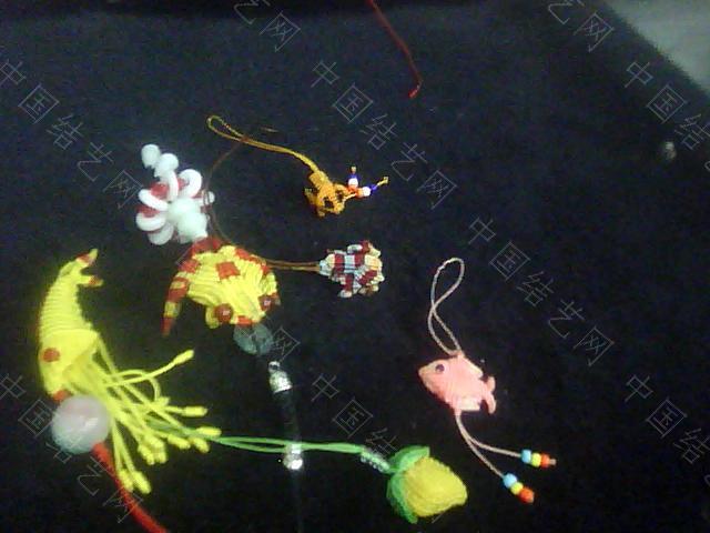 中国结论坛 帮狱编大师传的几张葫芦编织过程图  立体绳结教程与交流区 09100822585e7f264433753bb6