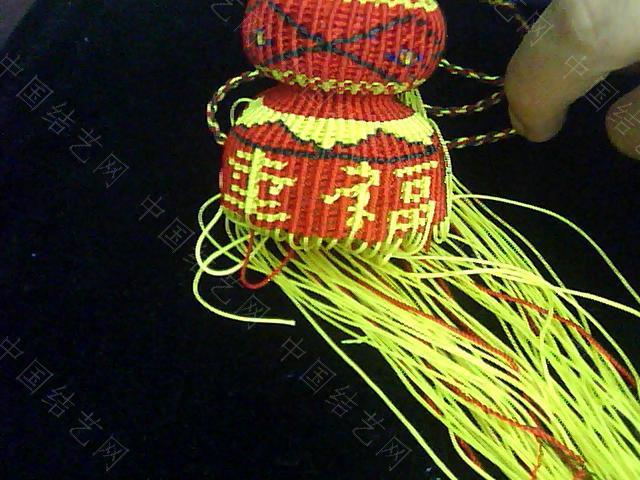 中国结论坛 帮狱编大师传的几张葫芦编织过程图  立体绳结教程与交流区 0910082258a96d72700867eded