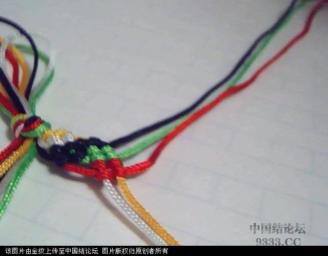 中国结论坛 五彩手链-幸运绳手链的编法图解  图文教程区 1005272252395b2ee7d74034ae