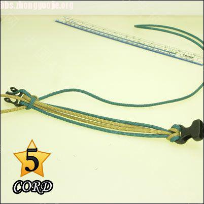 中国结论坛 偷了一个伞绳手链教程,希望大家喜欢!  图文教程区 10102118020f7e6dafc088a3b3