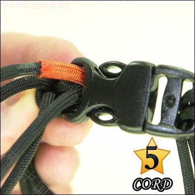 中国结论坛 偷了一个伞绳手链教程,希望大家喜欢!  图文教程区 101021180253c8f264e4d3fd9c