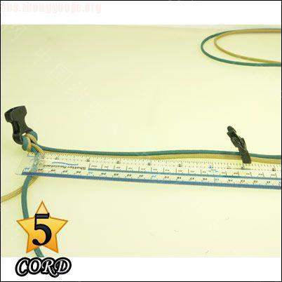 中国结论坛 偷了一个伞绳手链教程,希望大家喜欢!  图文教程区 1010211802565acac95ef29458
