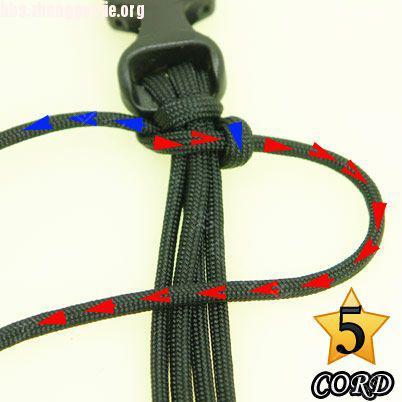中国结论坛 偷了一个伞绳手链教程,希望大家喜欢!  图文教程区 101021180268937444d8274b51