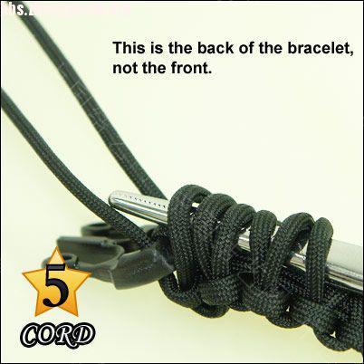 中国结论坛 偷了一个伞绳手链教程,希望大家喜欢!  图文教程区 101021180271894d12660714c1