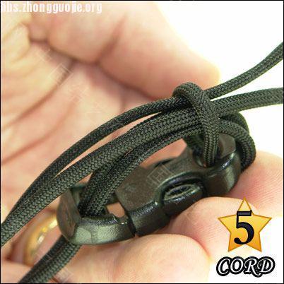 中国结论坛 偷了一个伞绳手链教程,希望大家喜欢!  图文教程区 1010211802877e6aa742e8ad2d