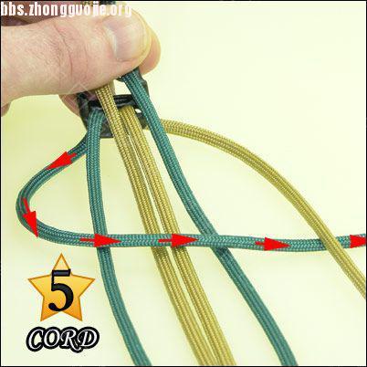 中国结论坛 偷了一个伞绳手链教程,希望大家喜欢!  图文教程区 1010211802907c9cbe2b5e0c11