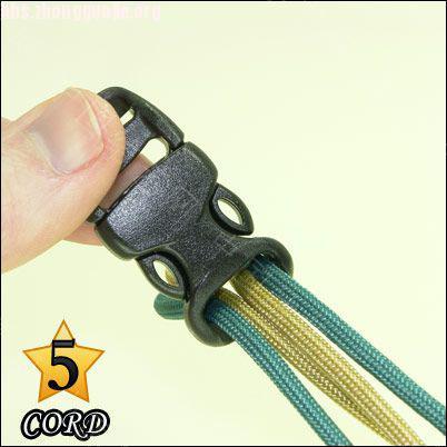 中国结论坛 偷了一个伞绳手链教程,希望大家喜欢!  图文教程区 1010211802c39b2623f2225e85