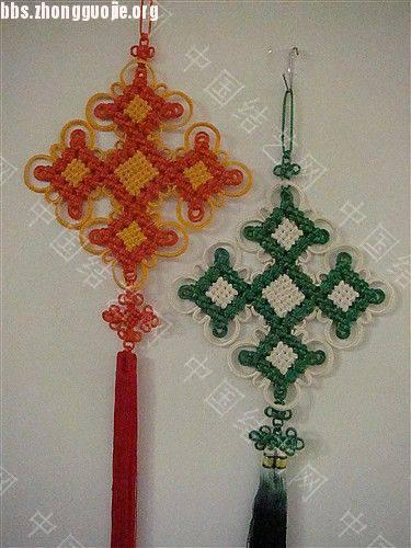 中国结论坛 作品展示-----套色冰花与盘长的组合结  作品展示 10121116035ed243418e58185c