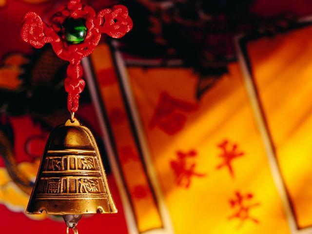 传统中国结:从头到尾由一根红绳编织