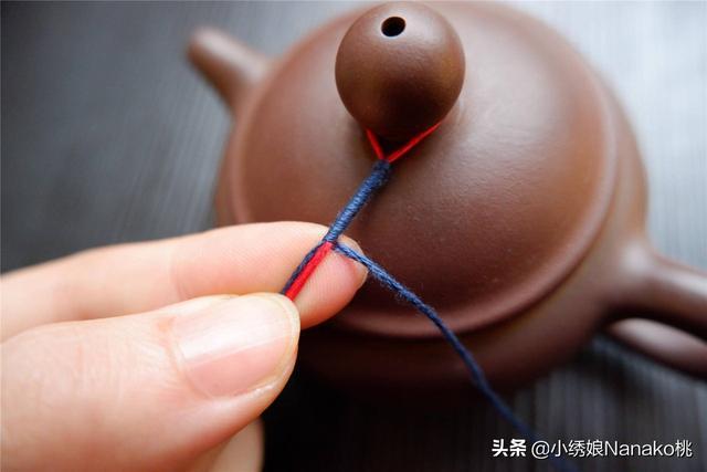 你的绣线除了刺绣还能做什么?给紫砂壶添个好看又实用的小道具呀