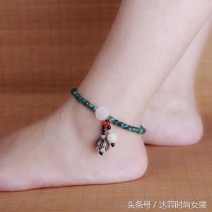 时尚饰品的新宠——脚链,你知道吗?