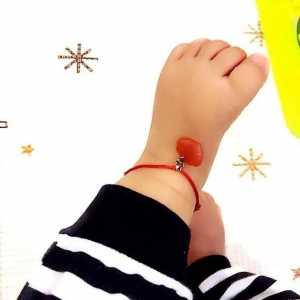 用秘鲁结和平结给宝宝编一个红绳脚链(饰品1)