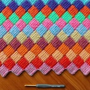 钩针突尼斯针法编法图解,可以编织爱尔兰风格毯子坐垫