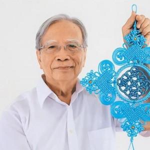 中国结编织大师杨朝宗在台南老家开班传授技艺