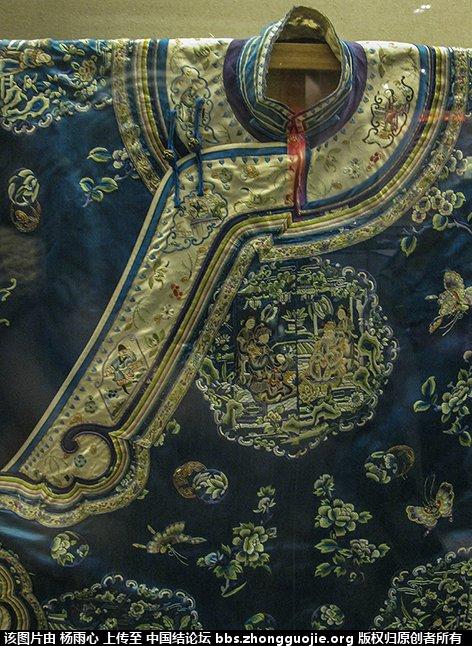中国结论坛 北京服装学院民族服饰博物馆-------结饰细节与刺绣工艺 北京服装,民族服饰,博物馆,学院,结饰 中国结文化 164936ff6uyub66smnruun