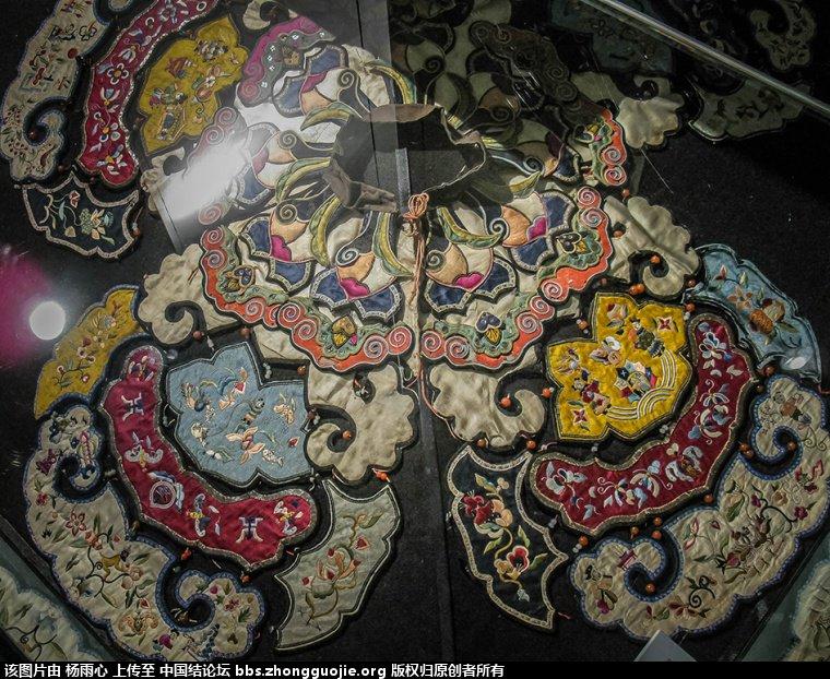 中国结论坛 北京服装学院民族服饰博物馆-------结饰细节与刺绣工艺 北京服装,民族服饰,博物馆,学院,结饰 中国结文化 165702rp1gf53ldi91p63p