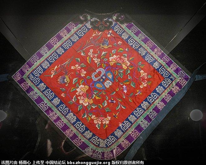 中国结论坛 北京服装学院民族服饰博物馆-------结饰细节与刺绣工艺 北京服装,民族服饰,博物馆,学院,结饰 中国结文化 165924b1k55t5hclmaah6h