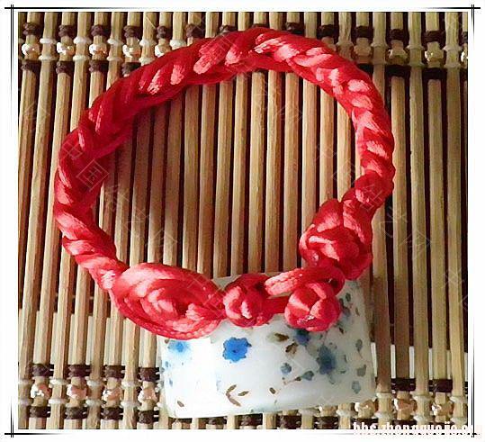 中国结论坛 为新年做的手链  作品展示 1633061l6st1ctw8s7t9s9