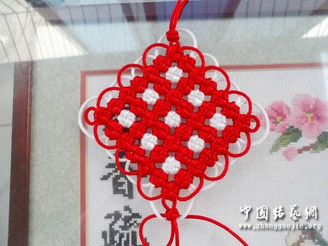 中国结论坛 改进的7*7套色冰花编结过程  冰花结(华瑶结)的教程与讨论区 135610jb7nigfttbbv9gvb