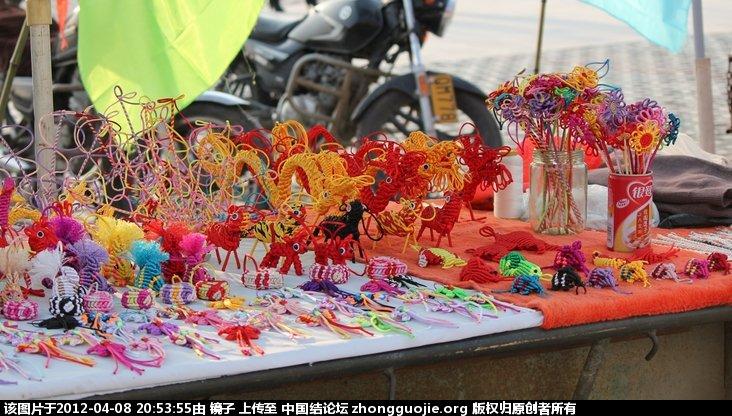 中国结论坛 昨天在兴化景区,看到有人在卖斜卷编的小物 昨天,兴化,景区,看到,有人 结艺交流 205336xom2ozqhfsozkoes