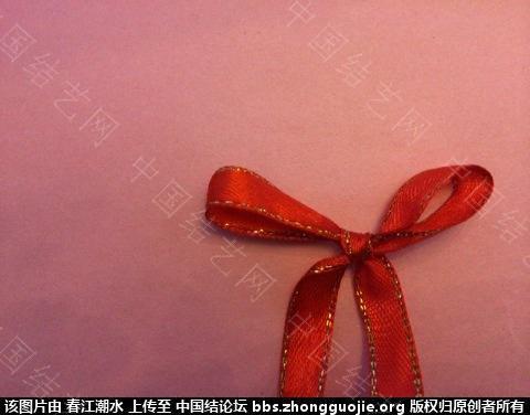中国结论坛 圣诞花环缎带简易打结法和自制花环线圈方法 圣诞花,自制,线圈,方法,打结 图文教程区 080020cja67frtzyyaz56y