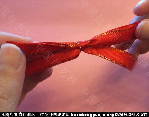 中国结论坛 圣诞花环缎带简易打结法和自制花环线圈方法 圣诞花,自制,线圈,方法,打结 图文教程区 0800226qdfbgkk3k0dqikk