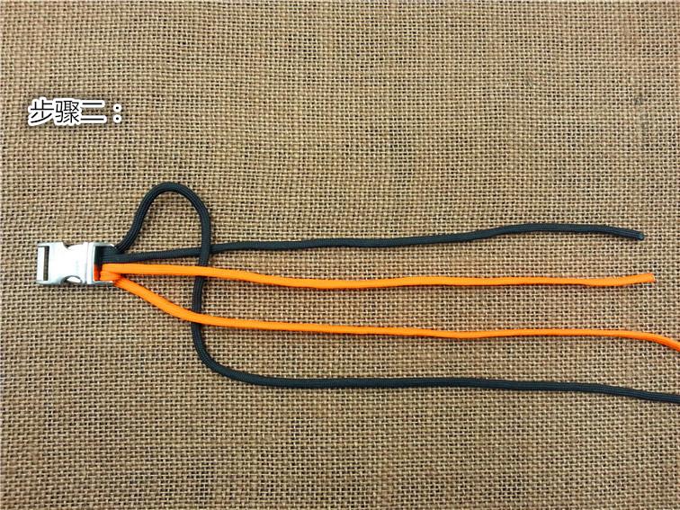 中国结论坛 DIY 伞绳手链 鱼骨编法 详细图解 手链 图文教程区 173629m2geeutrex3xg1eb