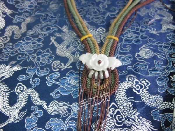 中国结论坛 項鍊漸層色編法跟變化 项链松紧结编法图解,每粒珠子中间打结方法,一根绳子编法大全简单,二根绳子各种编法图解 图文教程区 103905oa2de1vo8vm2abab