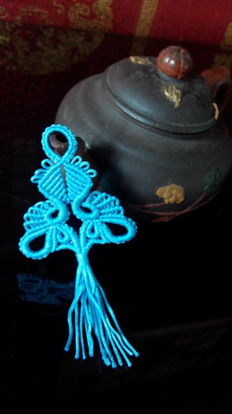 中国结论坛 我是高产户,又编了一个挂饰 挂饰,简单的挂饰编织,绳编各种小挂件,编织小挂件简单一点,手工编织小挂件 作品展示 213755oyluynyg2ghdhnzt