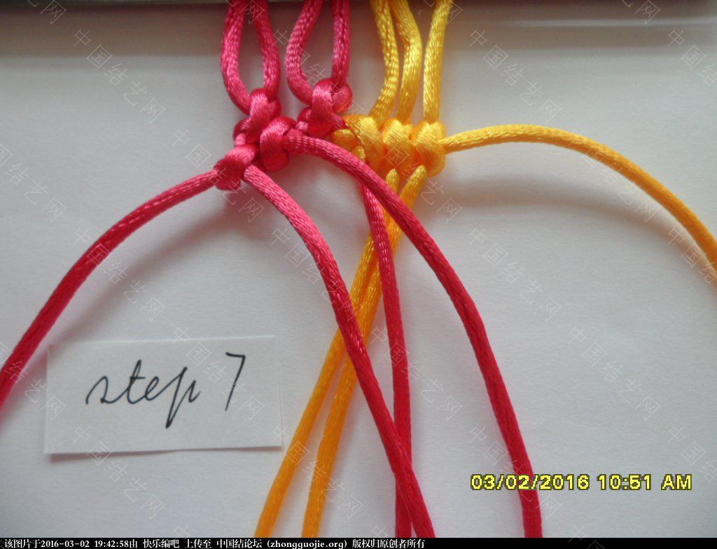 中国结论坛 双色手绳教程——反斜卷结与雀头结组合练习 左右 图文教程区 193854zvxv0i6ozjkij2ll