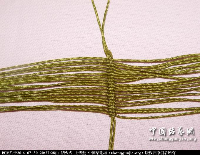 中国结论坛 思歌腾阿姨的青蛙的第一步怎么做?怎么捆在轴线上?不像是斜卷结 阿姨,青蛙,第一,第一步,一步 结艺互助区 202410g5sxapzvq9d7ddx9