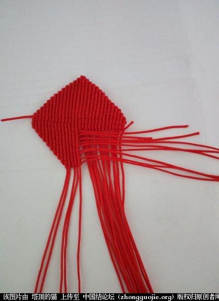 中国结论坛 马蹄莲小挂饰的两种编法 马蹄莲 立体绳结教程与交流区 100012bmjim22ew1q7wjj2