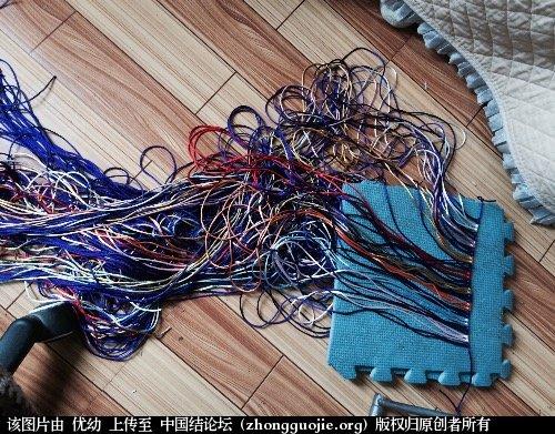 中国结论坛 看结友的包包很漂亮,也做了一个!  作品展示 062508z4vecv2zq3qzac2v