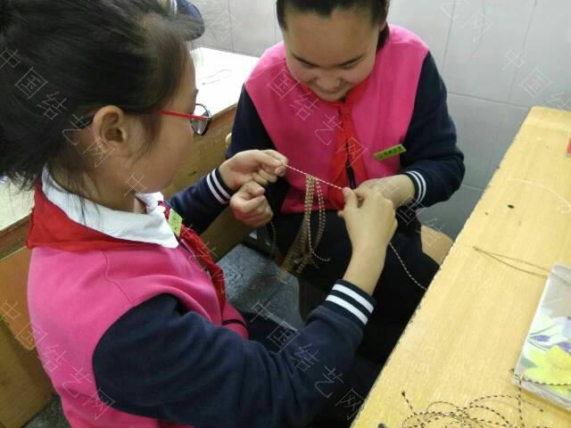 中国结论坛 第十节课教做蛋套  结艺网各地联谊会 172622p49z8kmzgksi74sk