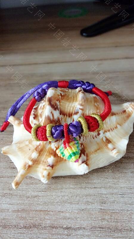 中国结论坛 快到端午节了,给宝贝们编了几条五彩手绳带,保佑孩子们平安  作品展示 173343h0q0i6ay96ykydao