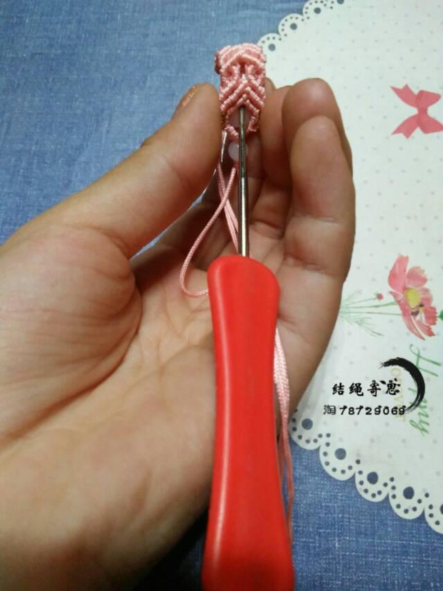 中国结论坛 手机绳  图文教程区 150746x08yncxbc1tt1bp0