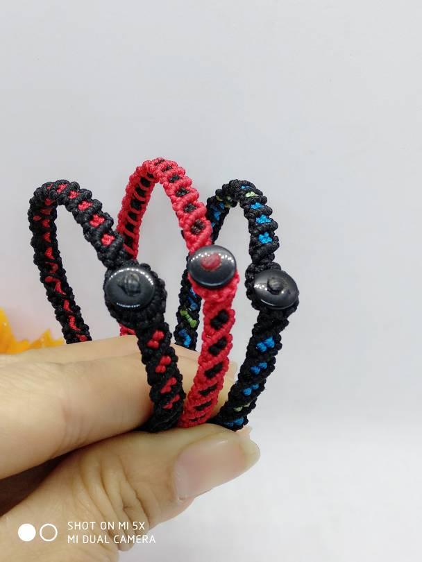 中国结论坛 红绳有约    怀旧   斜卷结手环  作品展示 183416z6p3rvvpppsshs6z