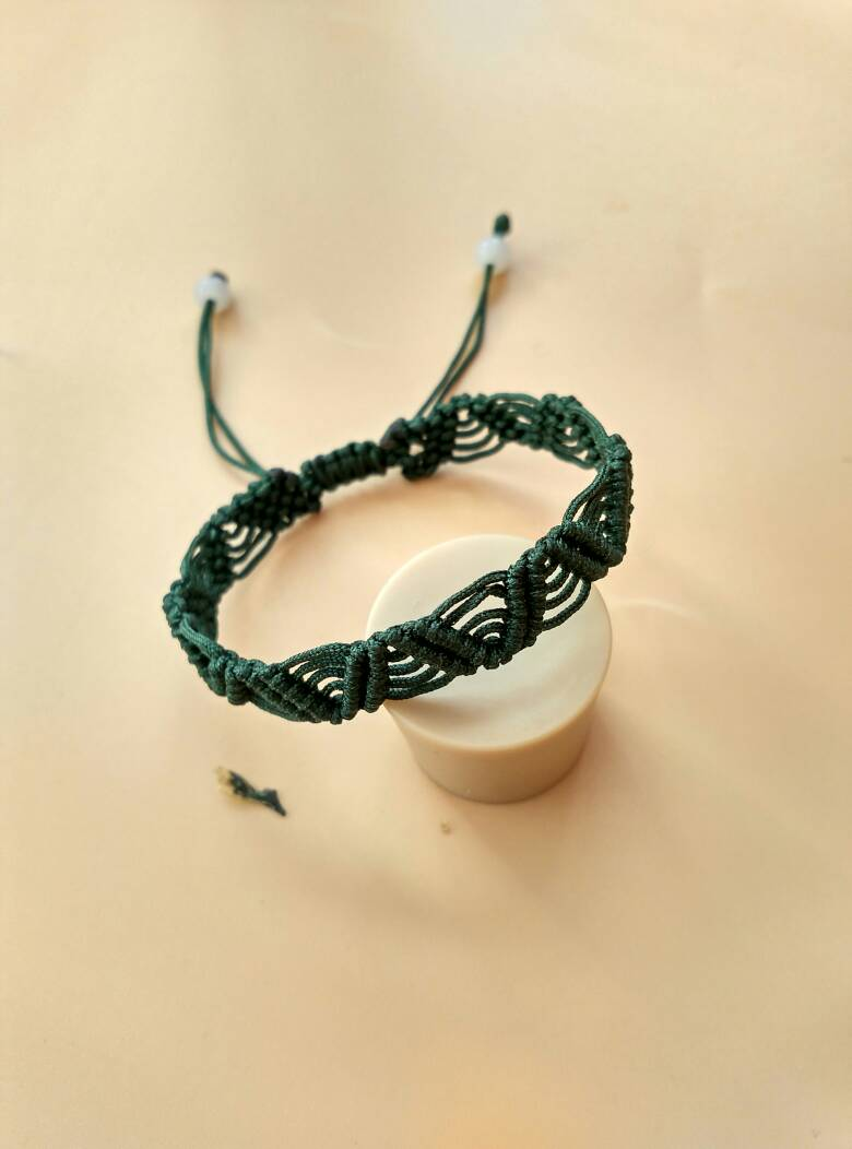 中国结论坛 蕾丝手链  作品展示 161753jkbb6daede8bfwdp