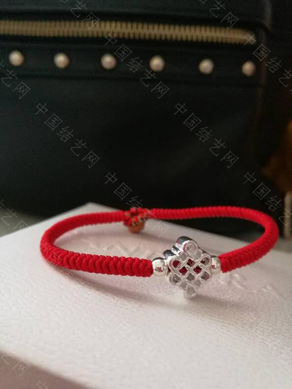中国结论坛 晒晒最近编的红手绳,哈哈  作品展示 125838wt7y7j35q5t3vbmm